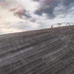 Anlegepier in Yokohama, Japan. Architektonisch einem Schiffsdeck nachempfunden. Bild von MANFRED SODIA photography